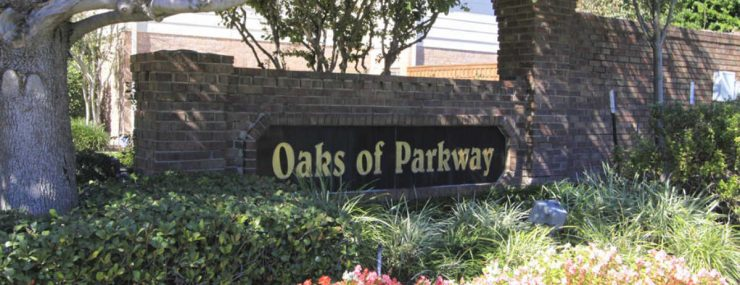 Image of sign for Oaks of Parkway