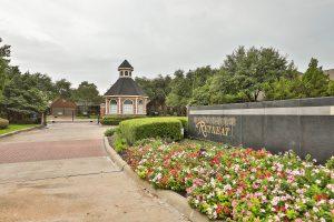 Parkway Village Retreat