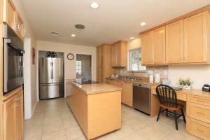 12402 Westella Drive Kitchen