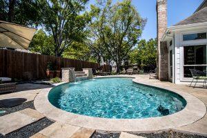 902 Oak Parkway Drive Sparkling Pool